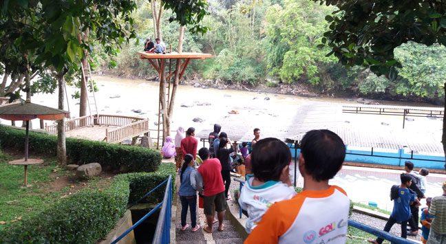 Pemandian Air Panas Cikundul Sukabumi Miliki Daya Pikat