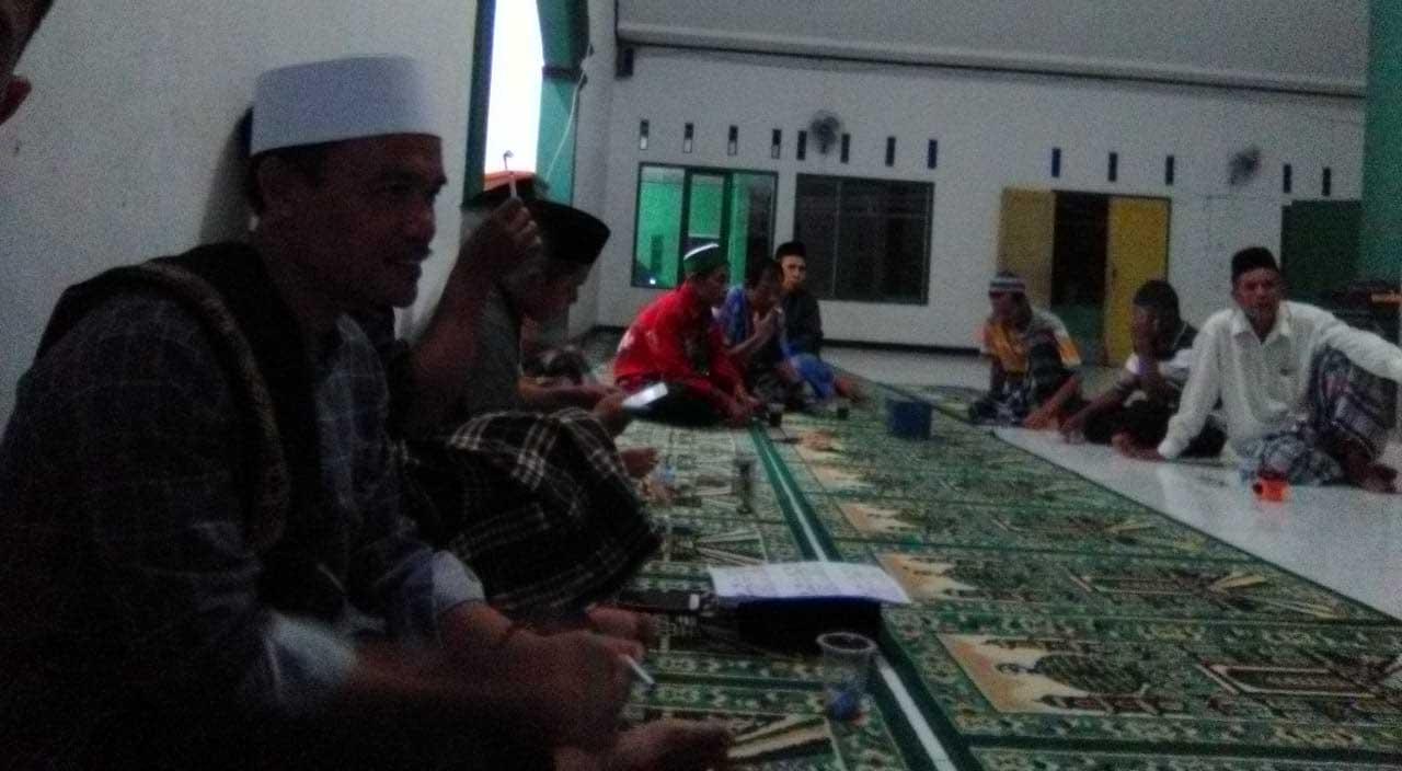 Sosialisasi Zakat Fitrah di Kedusunan Cibodas Desa Bantarkalong Kecamatatan Warungkiara Kabupaten Sukabumi Jawa Barat Selasa, (28/05).
